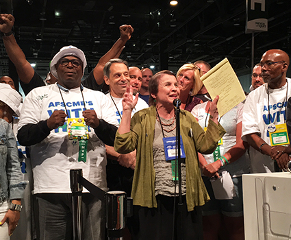 AFSCME members across the country stand with Illinois